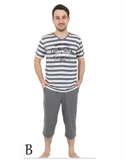 Комплект футболка капри - фото 4775