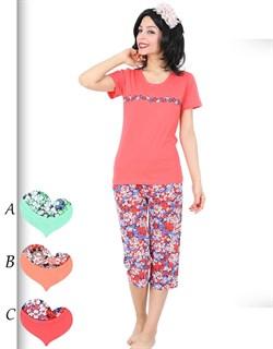 Комплект футболка капри - фото 5401