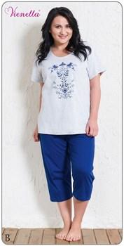 Комплект футболка капри - фото 5640
