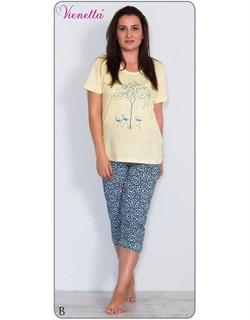 Комплект футболка капри - фото 5797