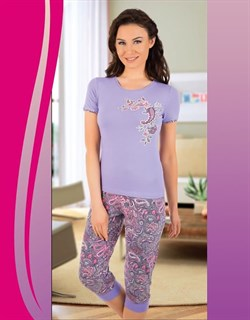 Комплект футболка капри - фото 6547